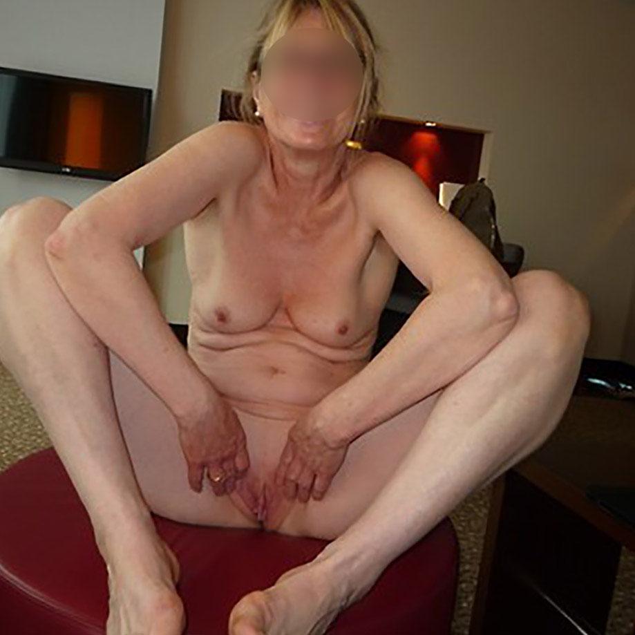 femme mature gros seins escort finistere