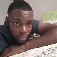 jeune homme black de Rennes pour rencontre coquine